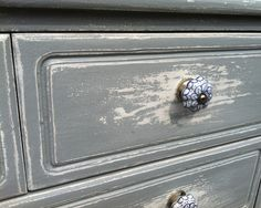 charming old looking dresser
