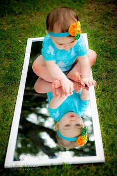 ¿Quién está al otro lado del espejo? #fotos #bebes