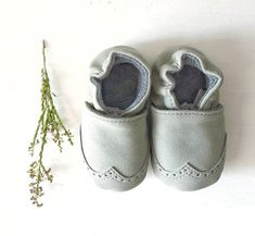 Grey leather baby moccasins-leather baby moccasins-baby moccs-leather moccasins-brown moccasins-leather-brown-baby shoes-shoe-baby mocs
