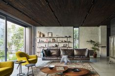 LM House - Elements Lab in Casablanca - living room decor - Home Decorating Trends - Homedit Concrete Block Walls, Concrete Floors, Interior And Exterior, Interior Design, Design Interiors, Three Bedroom House, White Concrete, Architect Design, Decoration