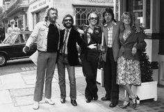 Harry Nilsson, Ringo Starr, Elton John, Paul and Linda, 1976