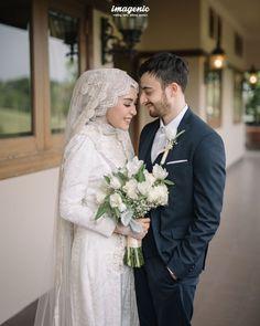 Wedding Farhad and Hamidah by Imagenic - Muslim Wedding Gown, Hijabi Wedding, Wedding Hijab Styles, Kebaya Wedding, Muslimah Wedding Dress, Muslim Wedding Dresses, Muslim Brides, Wedding Gowns, Islam Wedding