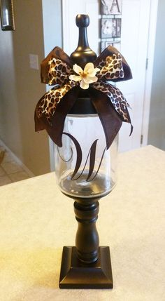Adorable DIY Candy Jars (or Q-tip/cotton ball jars�) endless possibilities.