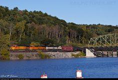 RailPictures.Net Photo: BNSF 5429 BNSF Railway GE C44-9W (Dash 9-44CW) at Cranesville, New York by Jack M. Jakeman