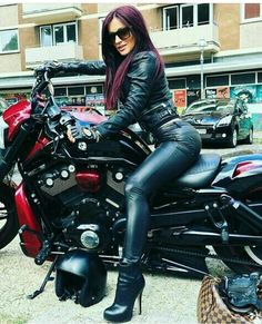 Definitely out here having the time of our life! Sport bikes will never be just for young men Lady Biker, Biker Girl, Ducati, Womens Motorcycle Fashion, Motard Sexy, Mode Latex, Chicks On Bikes, Cafe Racer Girl, Motorbike Girl