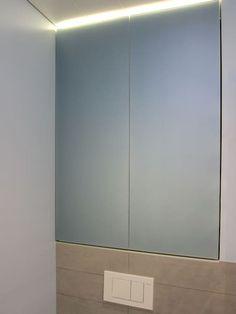 Einbauschrank über Dem WC: Moderne Badezimmer Von Hansen Innenarchitektur  Materialberatung