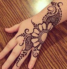 Easy Mehndi Designs, Henna Flower Designs, Pretty Henna Designs, Back Hand Mehndi Designs, Mehndi Designs For Beginners, Mehndi Designs For Fingers, Beautiful Mehndi Design, Latest Mehndi Designs, Henna Designs For Kids