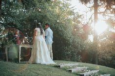 Fotografía de matrimonios   bodas al aire libre   fotógrafo de matrimonios en Chile Chile, Wedding Dresses, Outdoor Weddings, Pictures, Bride Dresses, Bridal Gowns, Chili, Wedding Dressses, Chilis