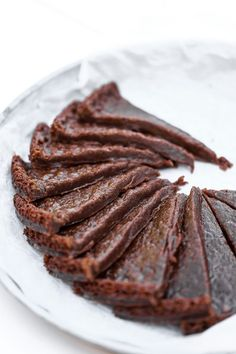 Vegansk Kladdkaka Vegan Sweets, Healthy Desserts, Raw Food Recipes, Baking Recipes, Dessert Recipes, Eat Dessert First, Vegan Cake, Vegan Baking, Cookie Desserts