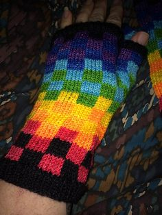 Ravelry: jenniferkm's Mosaic Happy Fingerless Gloves