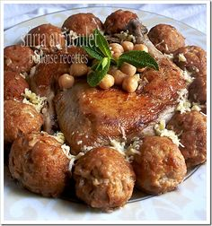 Algerian Sfiria: Chicken Dish with Croquettes and Chickpeas in a light sauce / Sfiria au poulet algerien Gourmet Recipes, Real Food Recipes, Cooking Recipes, Plats Ramadan, Algerian Recipes, Algerian Food, Turkish Recipes, Ethnic Recipes, Ramadan Recipes