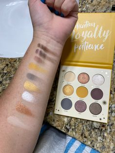 Harry potter hufflepuff palette at ulta swatches Harry Potter Palette, Harry Potter Makeup, Golden Snitch, Makeup Yourself, Makeup Brushes, Swatch, Eyeshadow, Golden Apple, Eye Shadow