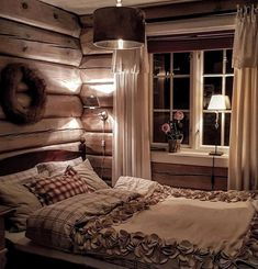 So incredibly cozy bedroom. Love the bedspread with its lovely details: . Room, Cozy Bedroom, Interior, Home, Cabin Interiors, Country Cottage, Cozy, Bedroom, Rustic Bedroom