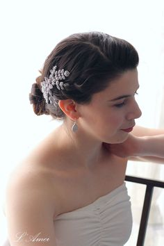 Vintage Style Crystal Flower Wedding Bridal Hair by LAmei on Etsy