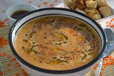 Pe masa din bucatarie: Supa crema de linte rosie cu infuzie de menta Supe, Cheeseburger Chowder, Food, Eten, Meals, Diet