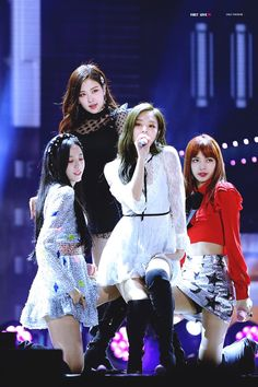 BLACKPINK #Fashion #Kpop #Idol