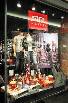 Pallets!  Retro window displays, Budapest visual merchandising
