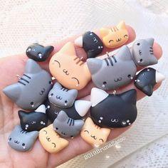 "Bruna Zasso on Instagram: ""I love cats 🐱 🐈 . . 😊 #cat #cats #handmade #polymerclay #tiny #cute #kawaii #fimo #sculpey #dream #doll #picoftheday #bijoux #socutebijoux…"""
