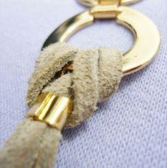 Pulseira de Couro com Elos Dourados R$39,90 compre por pagseguro ou paypal no site da Francesca. Clique na foto para comprar