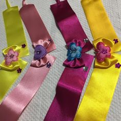 Dog Accesories, Cat Accessories, Dog Hair Bows, Dog Bows, Shih Tzu, Pet Dogs, Dog Cat, Ribbon Crafts, Animal Fashion
