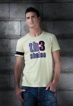 Th3 Choice.  Camiseta Logo Square Amarillo 57€  Jeans Bru 69€