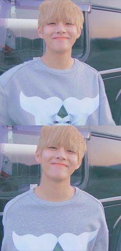 Bts~ V Kim Taehyung~~ Tae Tae❤ This sunshine omggg Bts Taehyung, Bts Bangtan Boy, Taehyung Smile, Taehyung Fanart, Jimin Jungkook, Daegu, Foto Bts, Kpop, V Smile