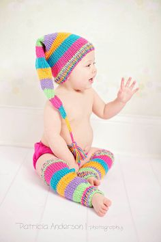 The Happy hat and leg warmers set