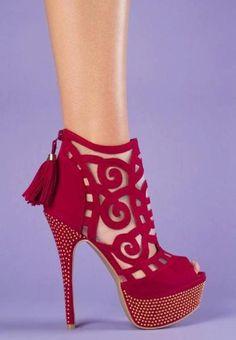 red heels | Red Heels | Pinterest | Sexy, Walk in and Sexy heels