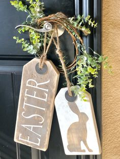 """easter decorations 45599014963252587 - Rustic """"Easter"""" Door Tags Set Source by sbtradingco Diy Spring, Spring Crafts, Holiday Crafts, Easter Projects, Easter Crafts, Bunny Crafts, Easter Ideas, Door Tags, Wooden Tags"""