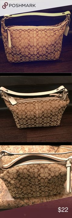 Coach canvas bag 🛍 Authentic Coach canvas tan bag. Can be used as a makeup bag, as a pouch or extra storage in your handbag. Great to use to travel or everyday use. Great condition, smoke free home. Coach Bags Cosmetic Bags & Cases