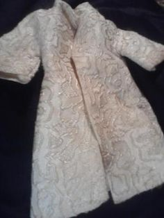 VINTAGE BARBIE / TAMMY DOLL CLOTHING.  ~ PHOTON$MART$, FREE SHIPPING, CUTE COAT!
