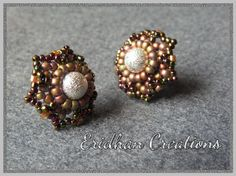 Flower stud earrings - free detailed instructions from Eridhan Creations: http://eridhan.blogspot.com/2013/09/flower-stud-earrings-free-pattern.html