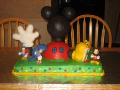 Hot Dog! It's a Mickey Mouse Clubhouse cake! PIC Juicy! - COOKING