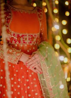 Girls Frock Design, Fancy Dress Design, Bridal Dress Design, Stylish Dress Designs, Pakistani Fashion Party Wear, Pakistani Wedding Outfits, Pakistani Bridal Wear, Desi Wedding Dresses, Party Wear Dresses