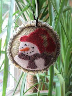 Free Ornament of the Month pattern (June)