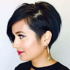 Best Short Layered Pixie Cut Ideas In every period of rapidly changing hair trends, short pixie cuts can be an excellent experience Short Pixie Haircuts, Short Hair Cuts, Short Hair Styles, Undercut Hairstyles, Hairstyles Haircuts, 2018 Haircuts, Short Undercut, Pelo Guay, Blonde Pixie Cuts