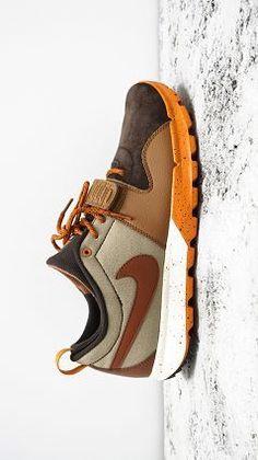 Это как пример примирения твоей тяги к лесной теме и спортивной удобной обуви.