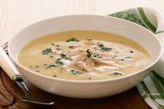 Campbell& Cream Of Chicken Recipes is Among the Favorite Chicken Of Many People Around the World. Besides Simple to Produce and Great Taste, This Campbell& Cream Of Chicken Recipes Also Healthy Indeed. Cream Soup, Cream Of Chicken Soup, Creamy Chicken, Chicken Curry, Hcg Diet Recipes, Cooking Recipes, Healthy Recipes, Healthy Meals, Spinach Soup