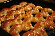 Helenské kokosové rohlíčky European Dishes, Czech Recipes, Bagel, Doughnut, Food And Drink, Sweets, Bread, Baking, Hampers