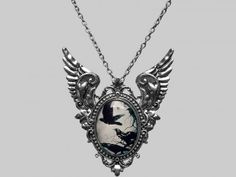 Flying Ravens necklace / brooch