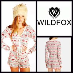 """WILDFOX Sleep Romper PJs Pajamas  NEW With Tags   WILDFOX Printed Sleep Romper    * Super soft & lightweight  thermal blend fabric.   * V-Neck, front snap button closure, & long sleeves.  * Ruffled hem detail.  * Allover rustic Nordic print.   * A relaxed fit & drawstring waist; About 28"""" long & 2.5"""" inseam.    Fabric: 95% Modal & 5% Spandex; Made in USA; Machine Wash Color: Red Combo  Item: WFP69000  No Trades ✅ Bundle Discounts   ✅ ✅ Offers Considered*✅  *Please use the blue 'offer' button…"""