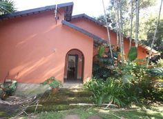 6 bedroom House For Sale in Glenmore for R 1080000 with web reference 102586273 - Proprop Hibiscus Coast