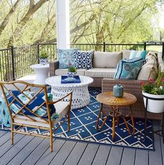 Patio decor and furniture. Sita Montgomery Interiors