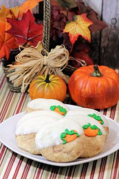 It's almost that time of year again when there will be pumpkins and pumpkin spice flavored things invading your supermarket isles and local coffee shops! Pumpkin Spice lattes, pumpkin bread, pumpkin pumpkin pumpkin!! Even pumpkin parfaits are popular when fall rolls around! You can get a jump on it now with these scrumptious Pumpkin Snickerdoodles! They're super easy to make and quite beautiful! Get the kids to help with the decorating, and the eating! Enjoy!