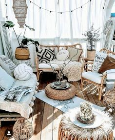30 Amazing Bohemian Home Decor Ideas to Make You Feel Very relaxed at Home HCYli. Patio Flooring, Patio Stone, Flagstone Patio, Concrete Patio, Patio Design, House Design, Terrace Design, Garden Design, Deco Studio