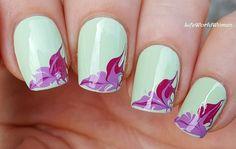 Pastel Green Based #Marble #Nailart / https://www.youtube.com/user/LifeWorldWomen