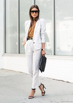 Giorgia, Fashion Week, white pants, white jacket, sunglasses, sandals, shirt / Garance Doré