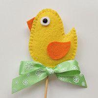 Svátky / Zboží | Fler.cz Easter Toys, Easter Crafts, Felt Crafts, Diy Crafts, Felt Ornaments, Christmas Ornaments, Yarn Dolls, Felt Birds, Felt Toys