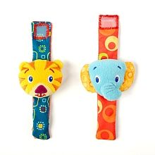 Bright Starts Rattle Me Bracelets Babies R Us. These bracelet-style rattles are ideal for keeping younger babies entertained, and can either be attached on wrists or ankles for hours of noisy fun. More importantly, they can't be dropped and lost! Baby Activity Toys, Infant Activities, Babies R Us, Toddler Toys, Baby Toys, Toddler Stuff, Toy Monkey, Toys R Us Canada, Baby Shop Online