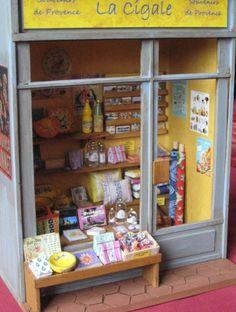La Cigale - Miniature Souvenir Shop.